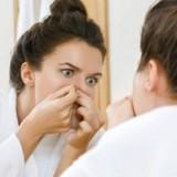 Mladistvá pokožka s akné? Tip jak o ni pečovat